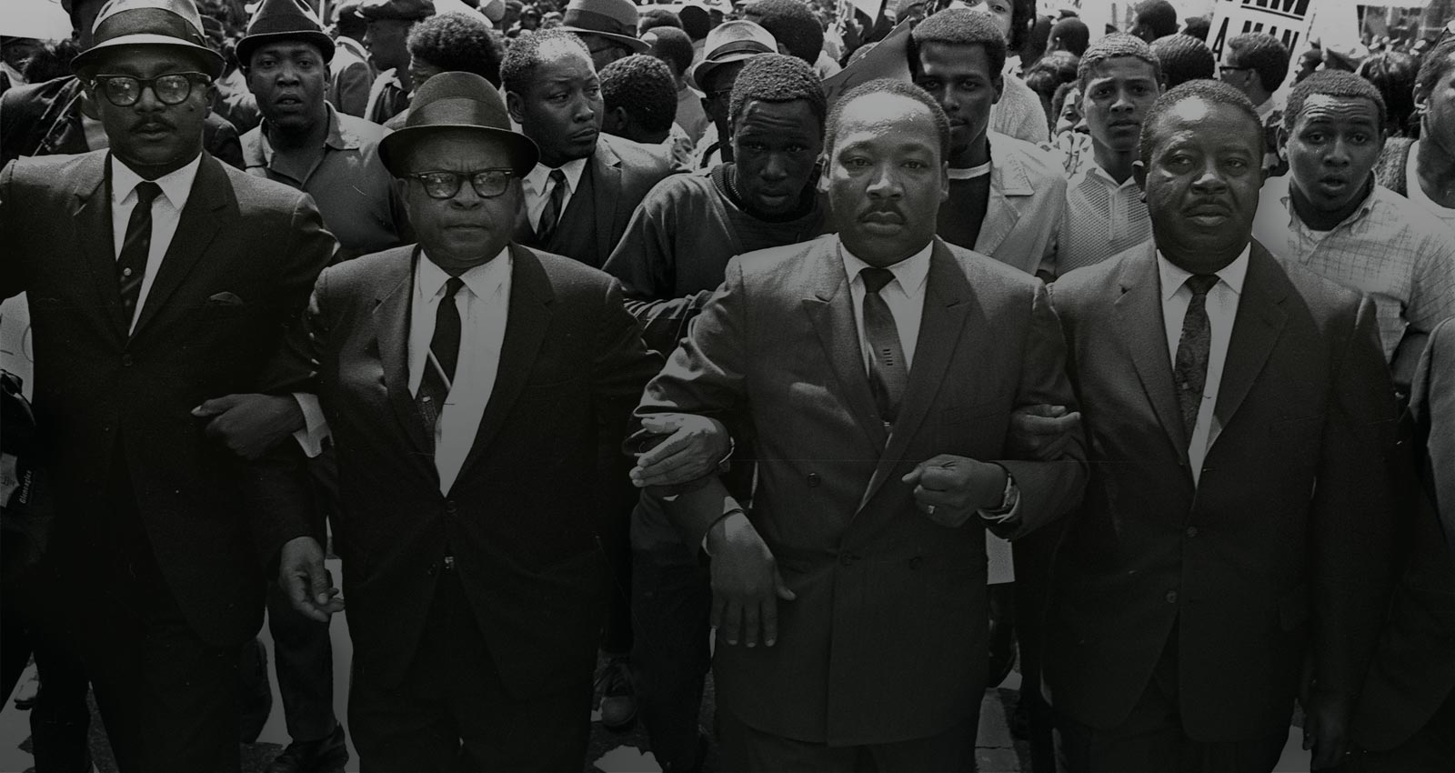 Martin Luther King marching