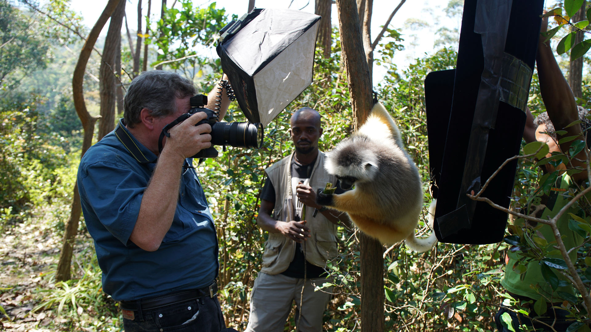 Episode 1 Preview - 0:30 - Travel with renowned photographer Joel Sartore as he photographs at-risk and rare species in the wild, in zoos, and in nature preserves.