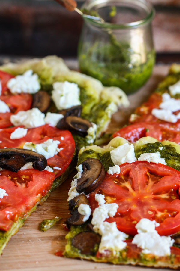grilled-goat cheese-pizza-1
