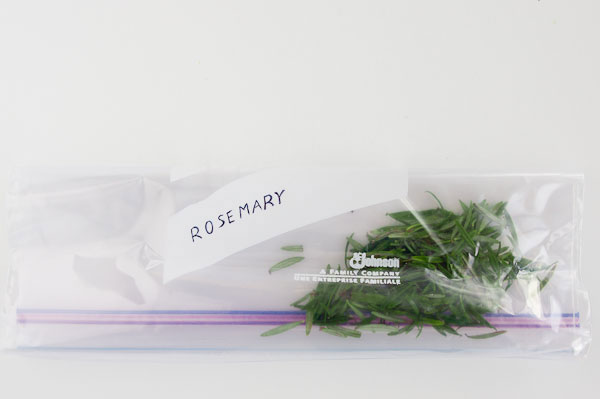 Preserve your rosemary by freezing it