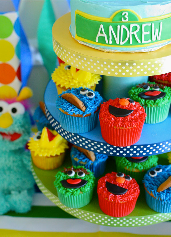 Annie made these treats for a Sesame Street birthday party