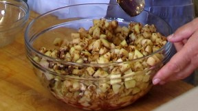 charoset in a glass bowl