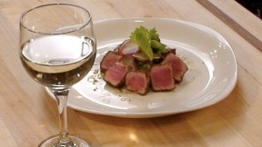 wine-and-tuna640x360