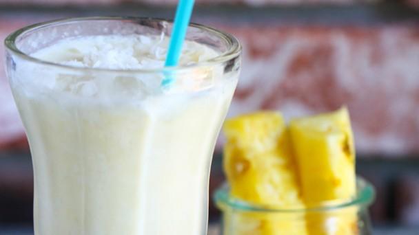 coconut-smoothie640x360
