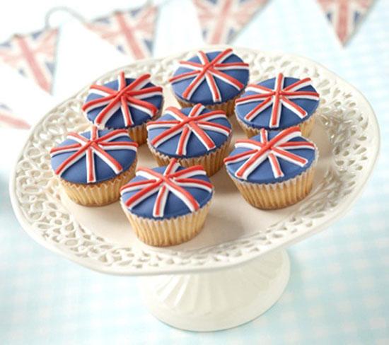union-jack-cupcakes