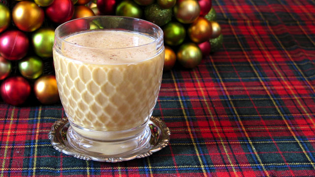 Holiday Cocktails: Christmas Drink Recipes and More | PBS Food: www.pbs.org/food/features/holiday-cocktails-christmas-drink-recipes