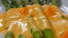 asparagus-hollandaise