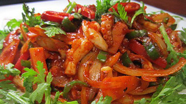 Nakji bokkeum spicy octopus stirfry recipe pbs food forumfinder Images