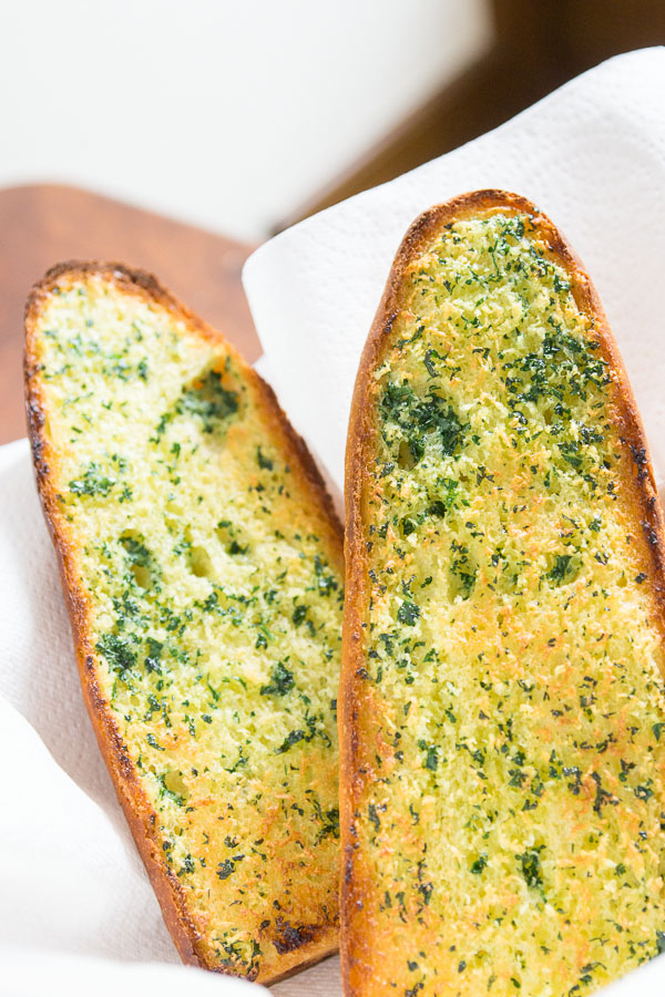 Save Time and Eat Well With Simple Garlic Bread