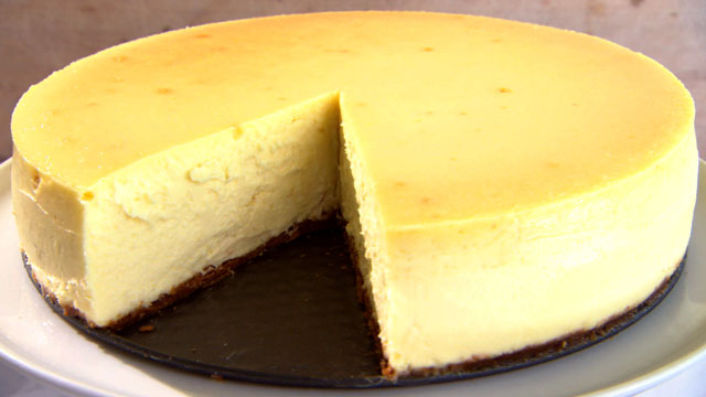 Martha Bakes Cheesecake