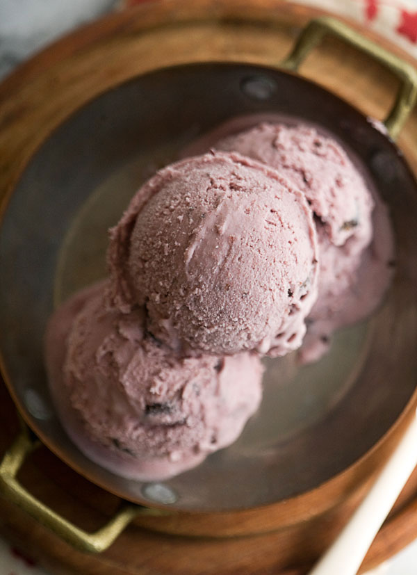 dark-cherry-ice-cream-3