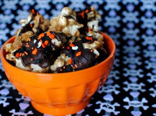 Pass-the-Sushi-Halloween-Popcorn