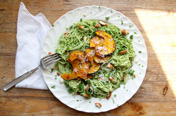 Parsley Almond Pesta Pasta recipe