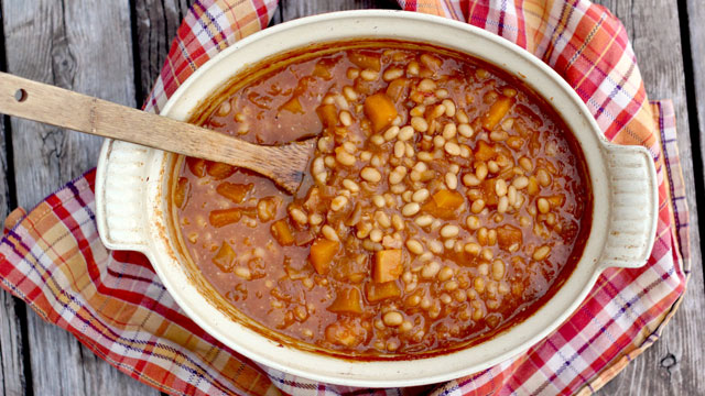Pumpkin Apple Baked Beans recipe