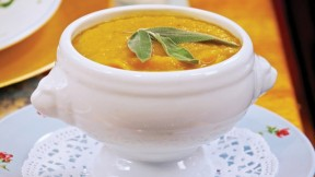 Jazzy-Vegetarian-Butternut-Bisque