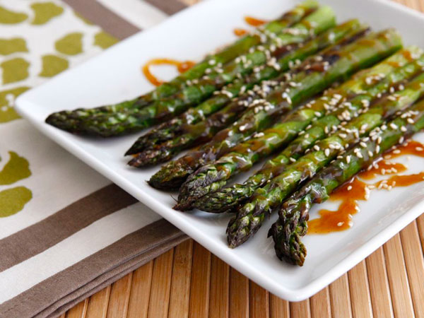 Roasted Asparagus Sesame Seeds recipe