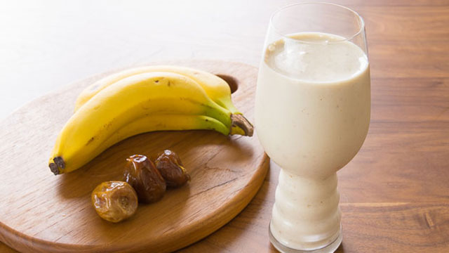 Banana Date Tahini Smoothie recipe