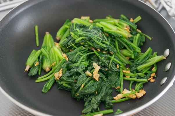 Lemon Garlic Spinach