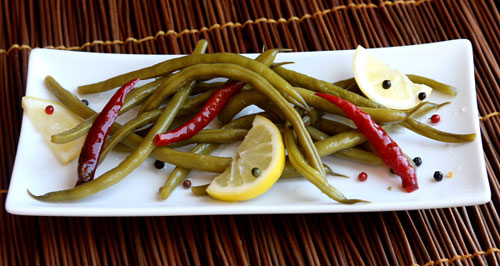 Spicy Pickled Green Beans recipe