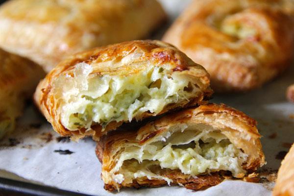 zucchini-cheddar-hand-pies-4