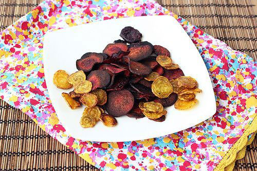 Crispy Baked Beets Chips recipe