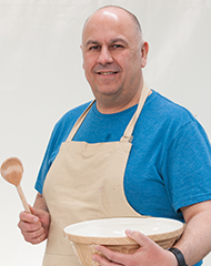The Great British Baking Show - Luis