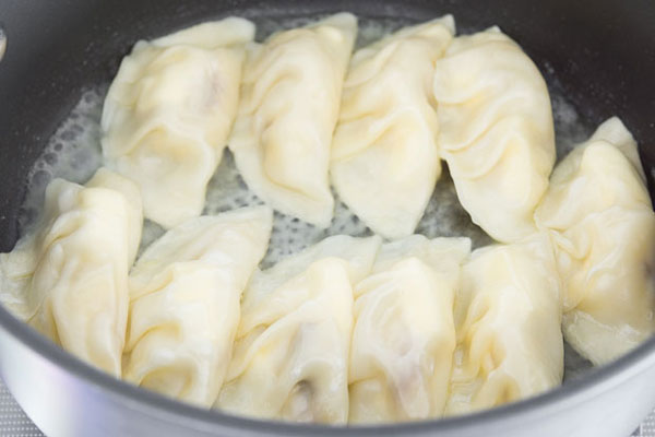 Banana Cheesecake Potstickers recipe