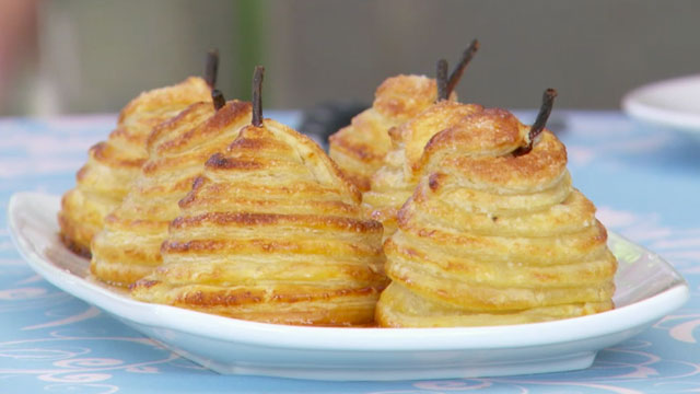 Mini Pear Pies Recipe | Pear Recipes | PBS Food