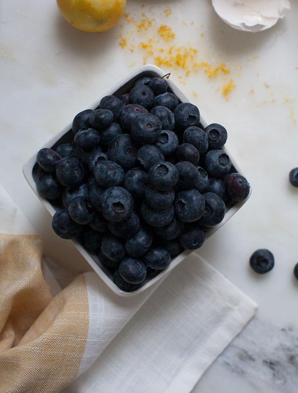 crepes-honey-ricotta-blueberry-sauce-3