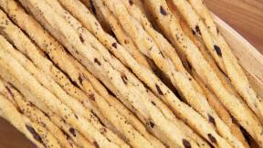 Robs-Twisty-Rye-Breadsticks
