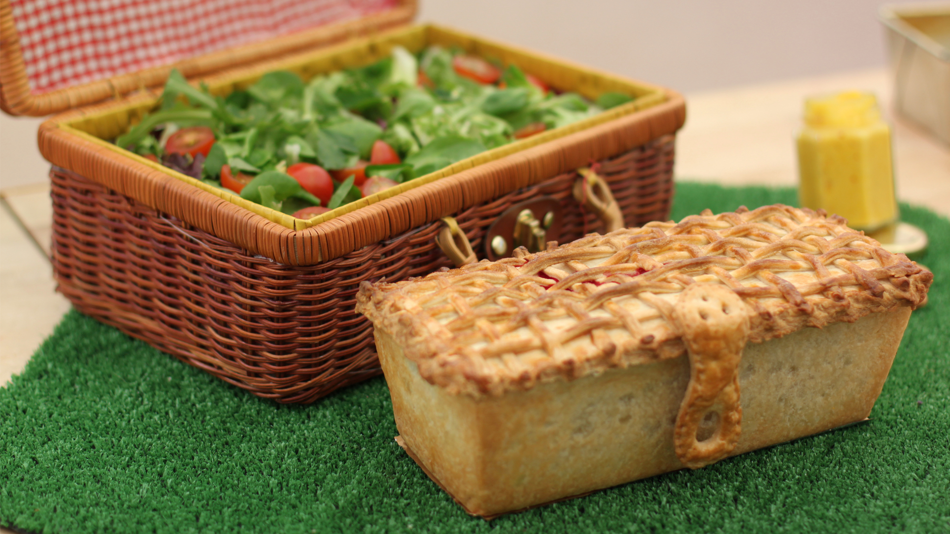 Picnic Basket Pie : Picnic basket pie recipe pbs food