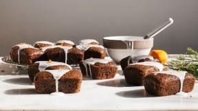 Mini Gingerbread Cakes recipe
