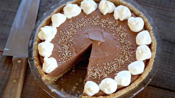 No-Bake Tahini Chocolate Mousse Pie recipe