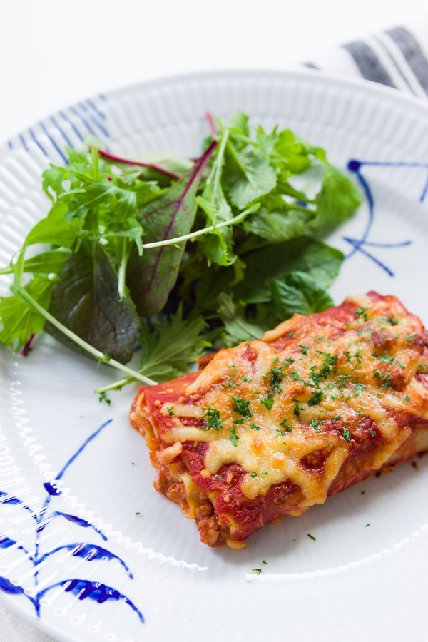 This Lasagna Rolls recipe is perfectly portioned for an easy one hour meal.