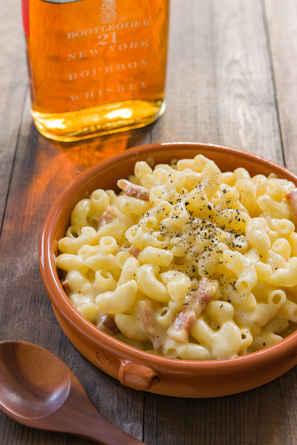 This Bourbon Mac And Cheese Recipe Is A Grown Up Version Loaded With Bacon