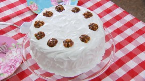 Marys Walnut Cake