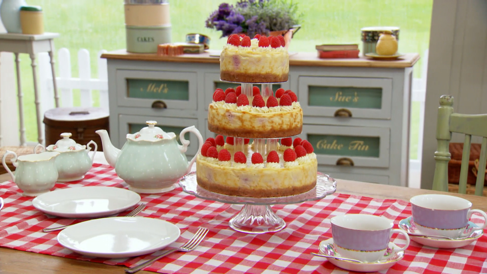 Three Tier White Chocolate And Raspberry Cheesecake Recipe