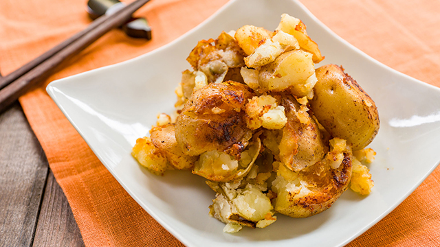 Butter Soy Sauce Smashed Potatoes Recipe