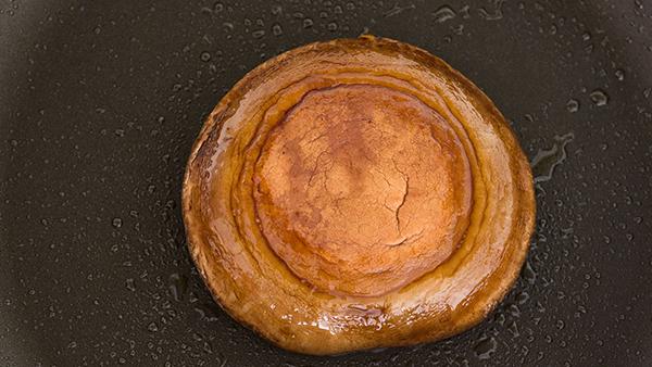 Portobello au Poivre is a lighter, vegetarian version of Steak au Poivre made with a portobello mushroom steak.