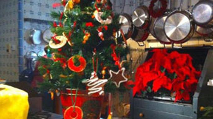 An Edible Christmas Tree Idea