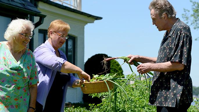 Christopher Walken, Lidia, and her mother in the garden.