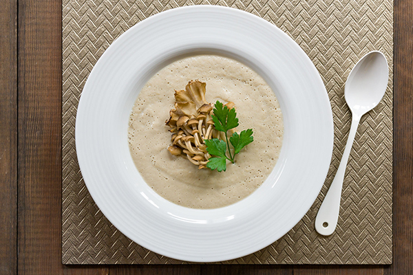 This Cream of Mushroom Soup recipe is vegan, gluten-free, and oil-free without compromising flavor.