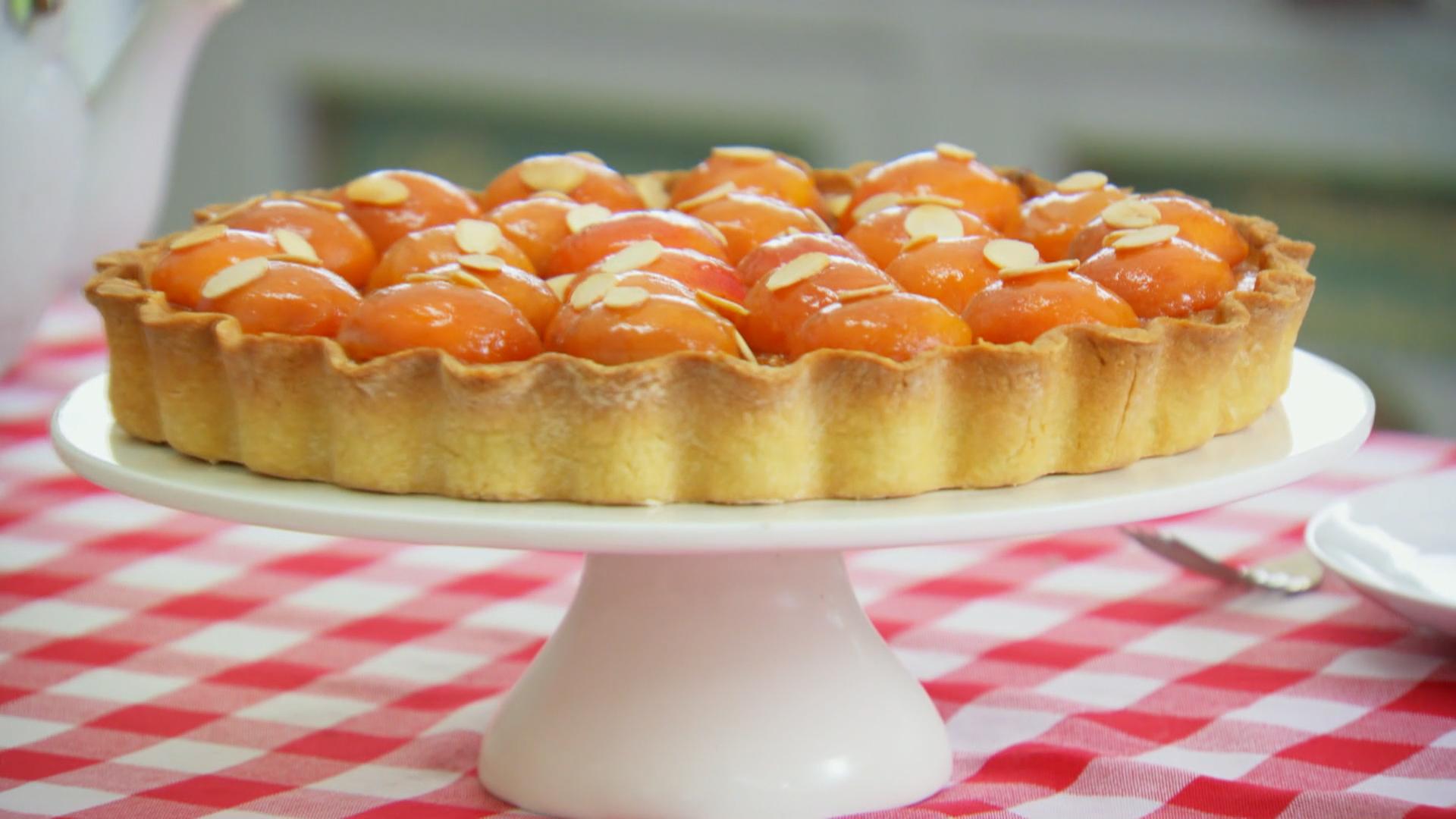Apricot-Frangipane-Tart
