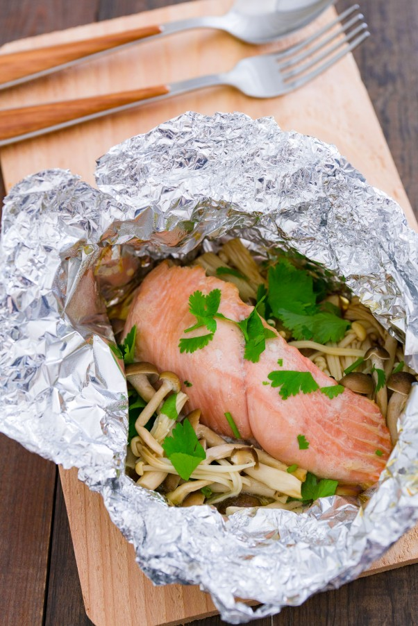 Cooking for one steamed salmon and mushrooms fresh tastes blog this steamed salmon and mushroom recipe from proves that cooking for one can be fun and forumfinder Image collections