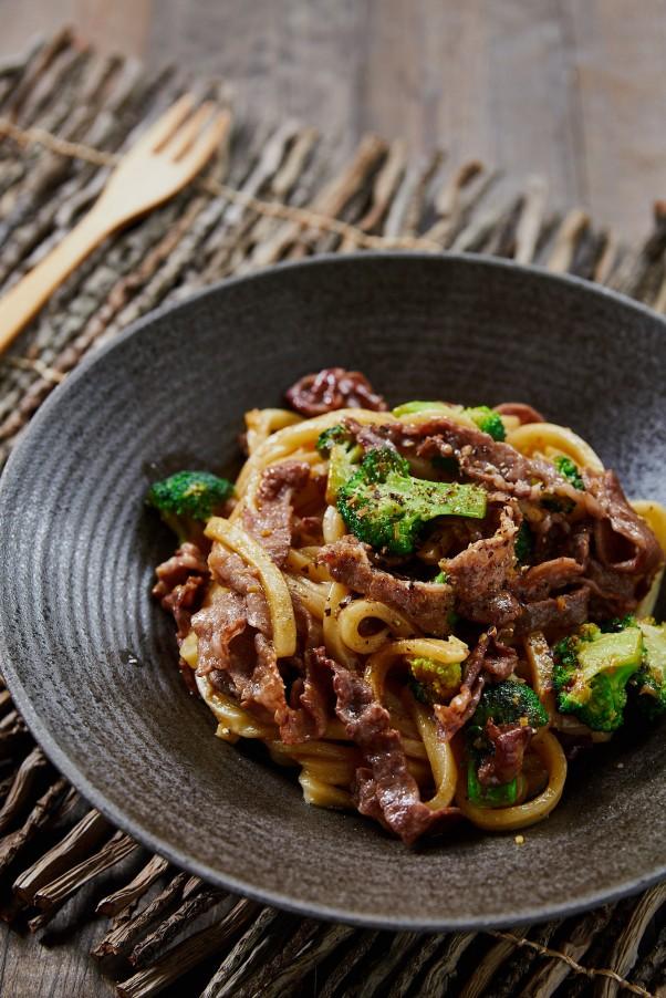Beef and Broccoli Yaki Udon Recipe