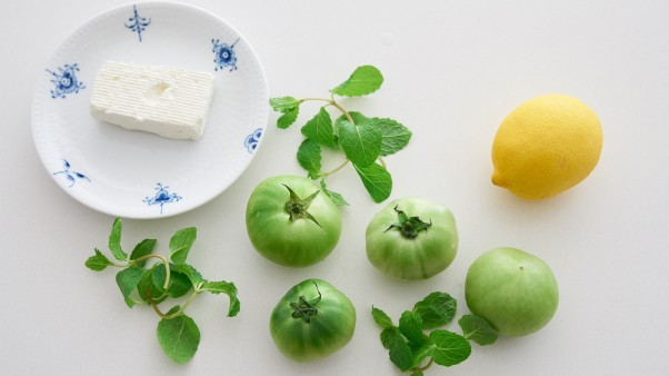 green tomato mint salad