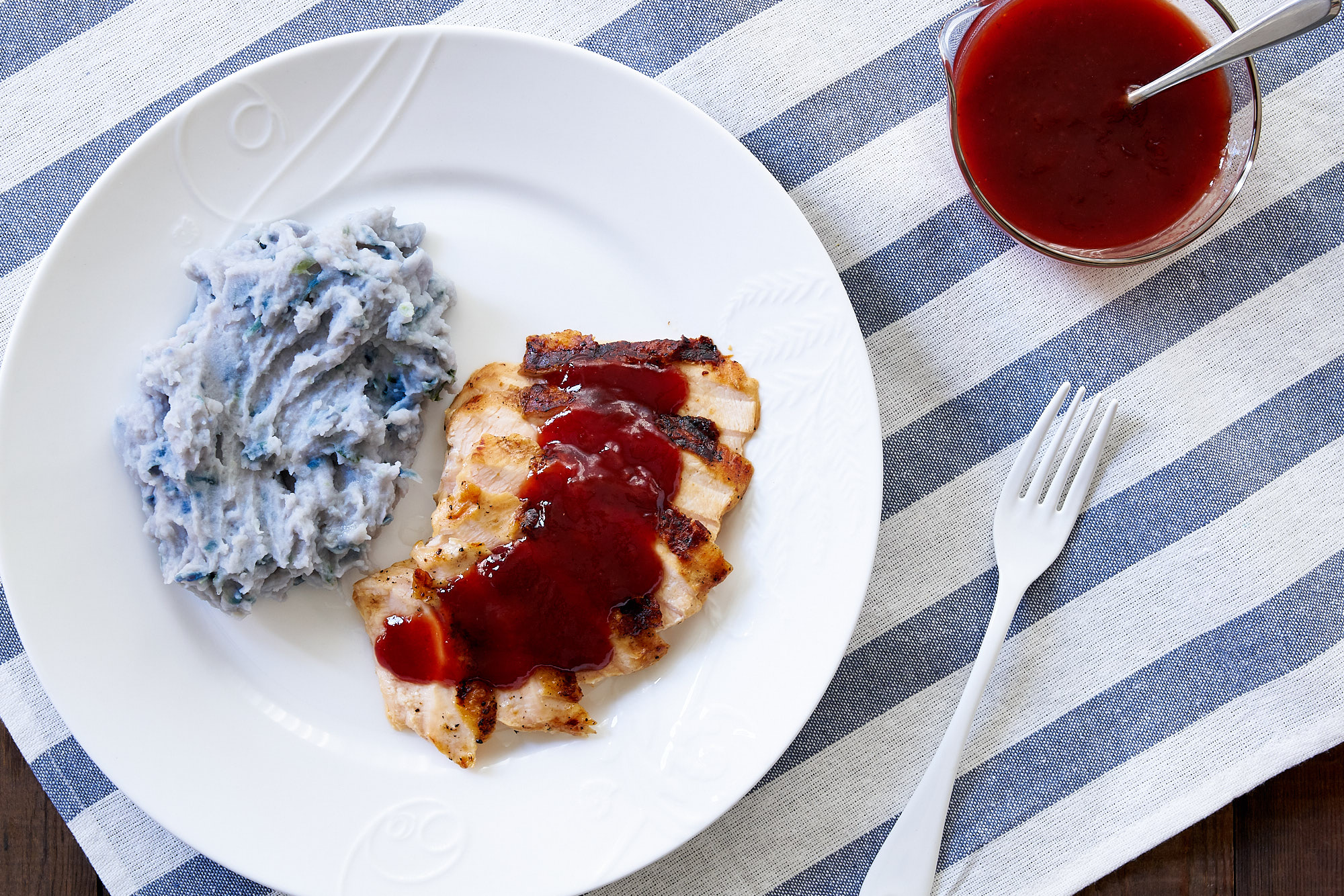 Sweeten Your Patriotic Meal with Strawberry Barbecue Sauce