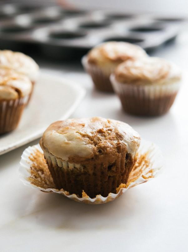 CheesecakePumpkinMuffins-4