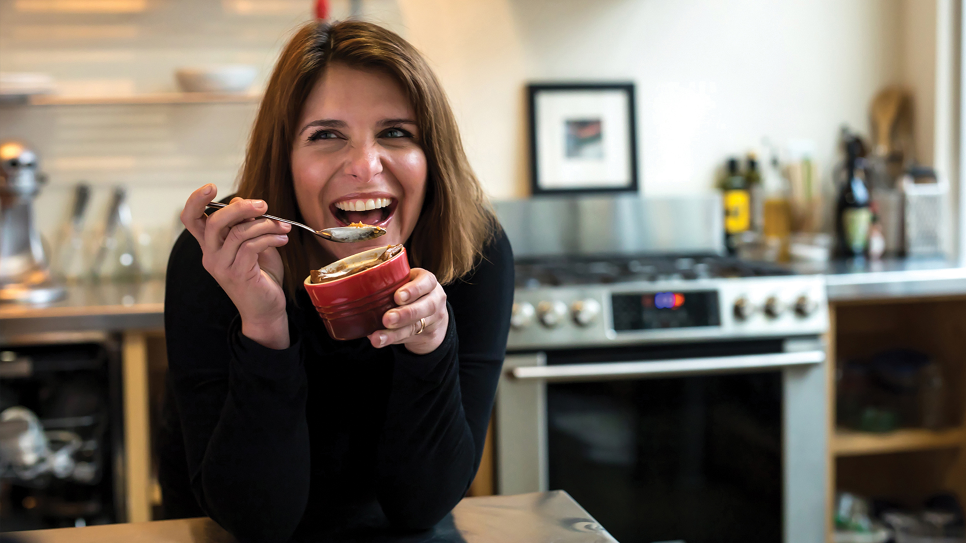 A Chef's Life Go inside the life of Chef Vivian Howard, who left the big city to open a fine dining restaurant in small-town Eastern North Carolina.