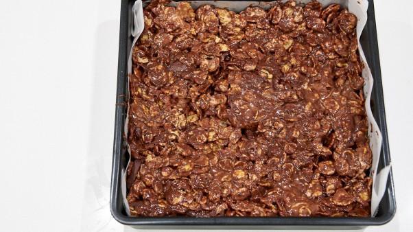 No-Bake Chocolate Cornflake Bars